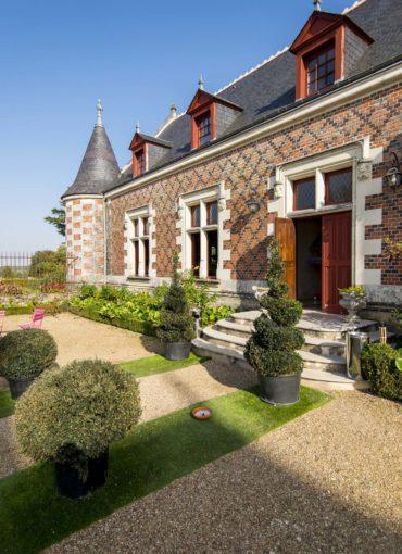 Entrée du Château de Jallanges à Vernou-sur-Brenne en Touraine