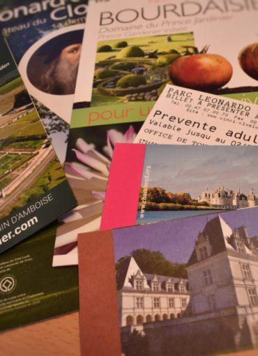 Brochures pour la billetterie des Châteaux de la Loire