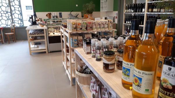 Privé: Produits locaux et artisanat